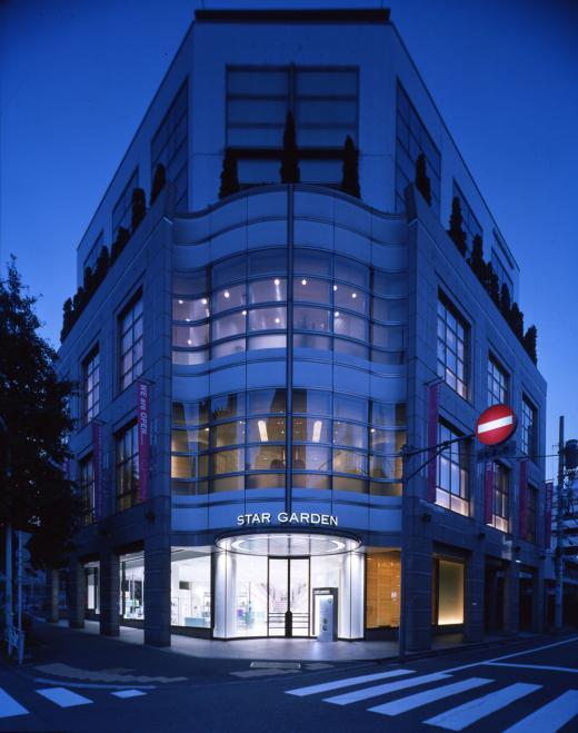 店舗デザインの作品アーガイブ デザイナーズショーケース Star Garden Shibuya スター
